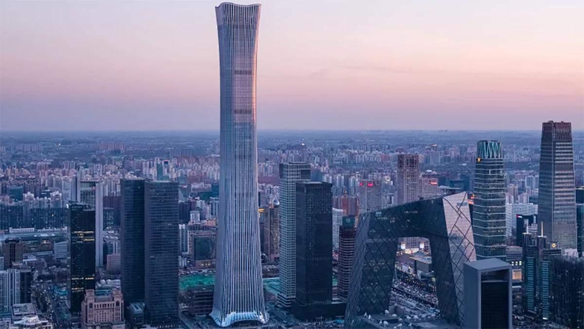 В Китае построили один из самых высоких небоскребов мира: впечатляющие фото и видео