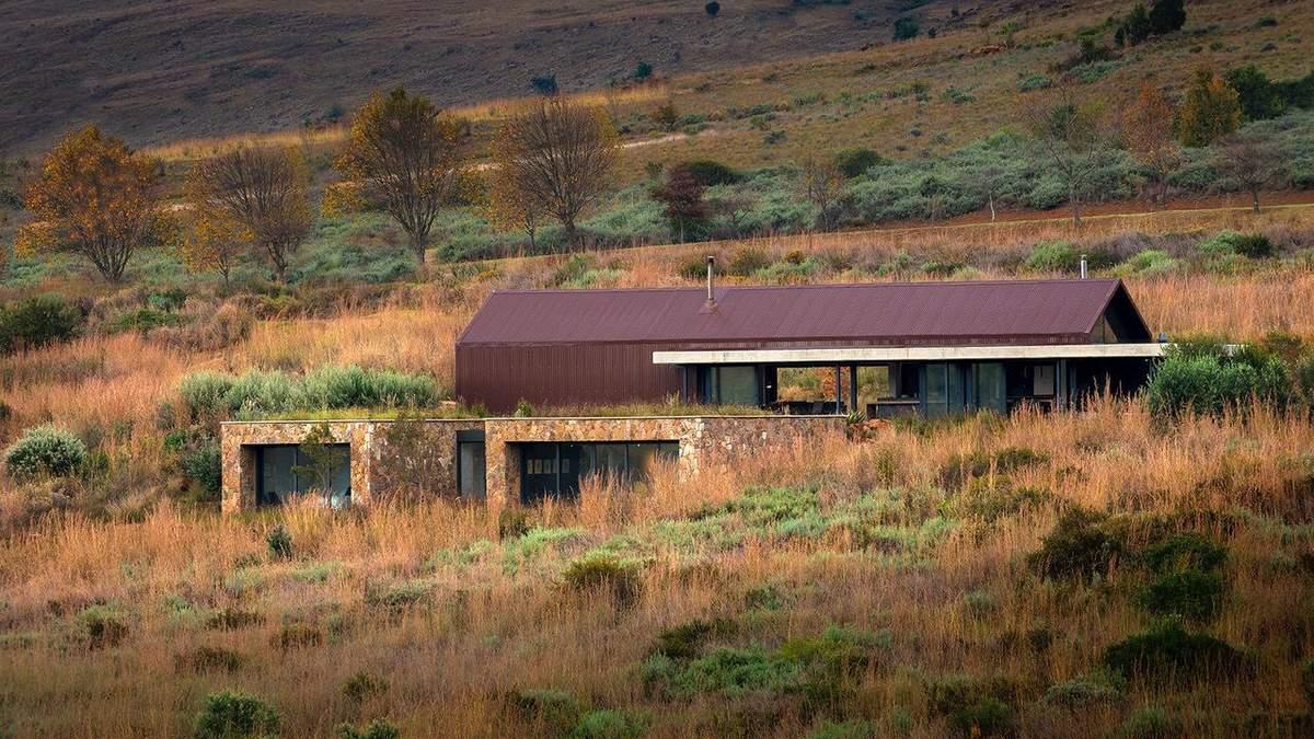 2100 метров над уровнем моря: в ЮАР обустроили дом в старом сарае