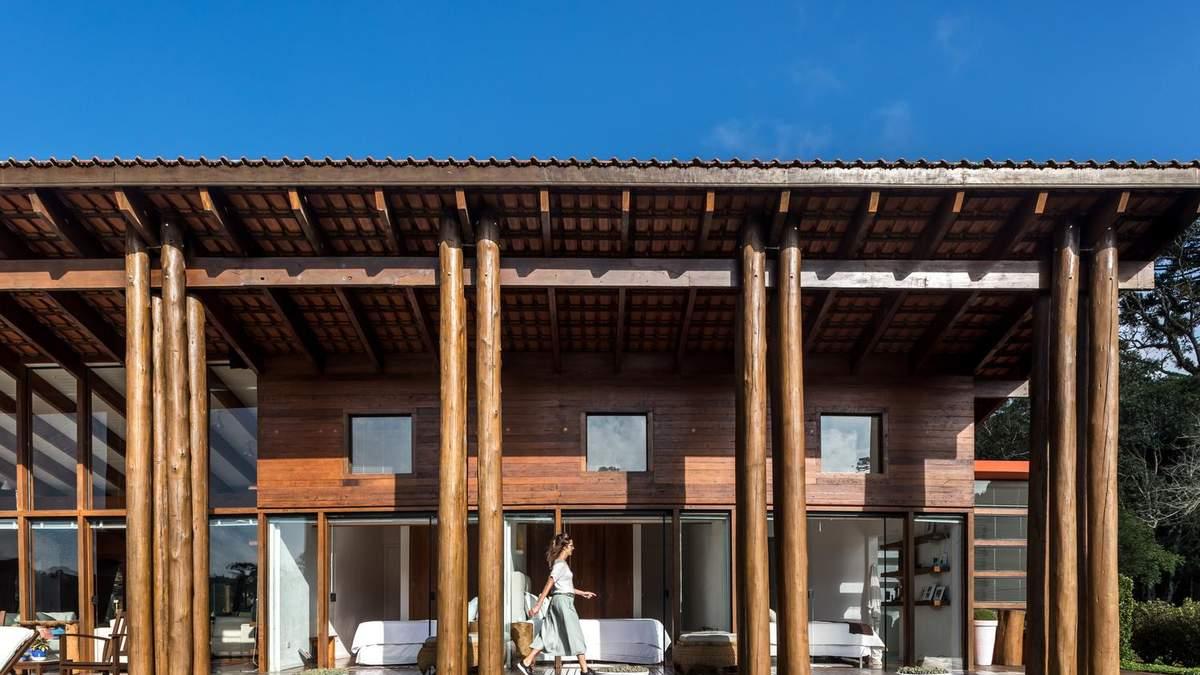 Дом возведенный из мельницы: фото здания, которое построили из вторичного сырья