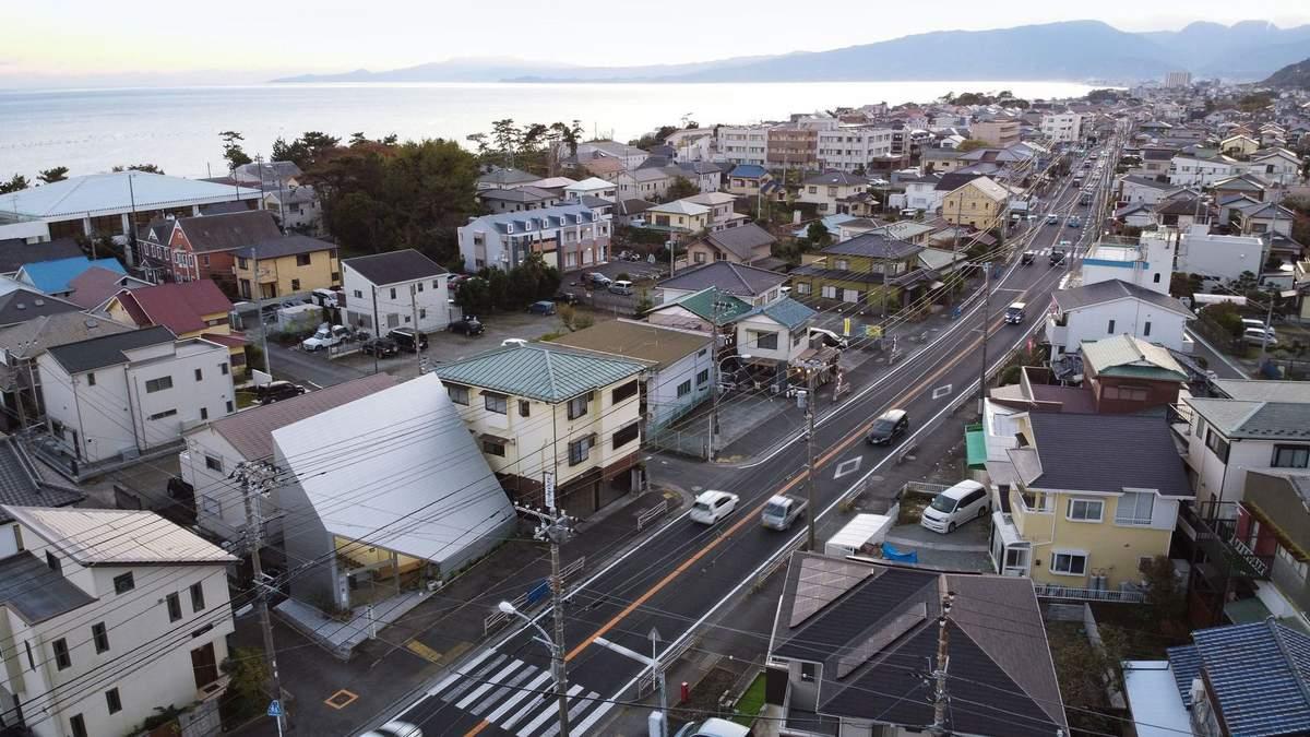 Помешкання-трикутник: в Японії побудували будівлю, яка зменшує тиск на місто