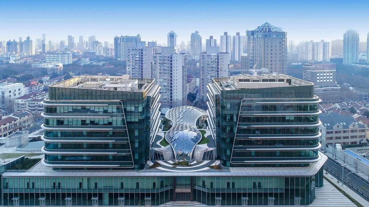 Торговий центр в офісі: у Китаї побудують сучасний простір для коворкінгу – фото
