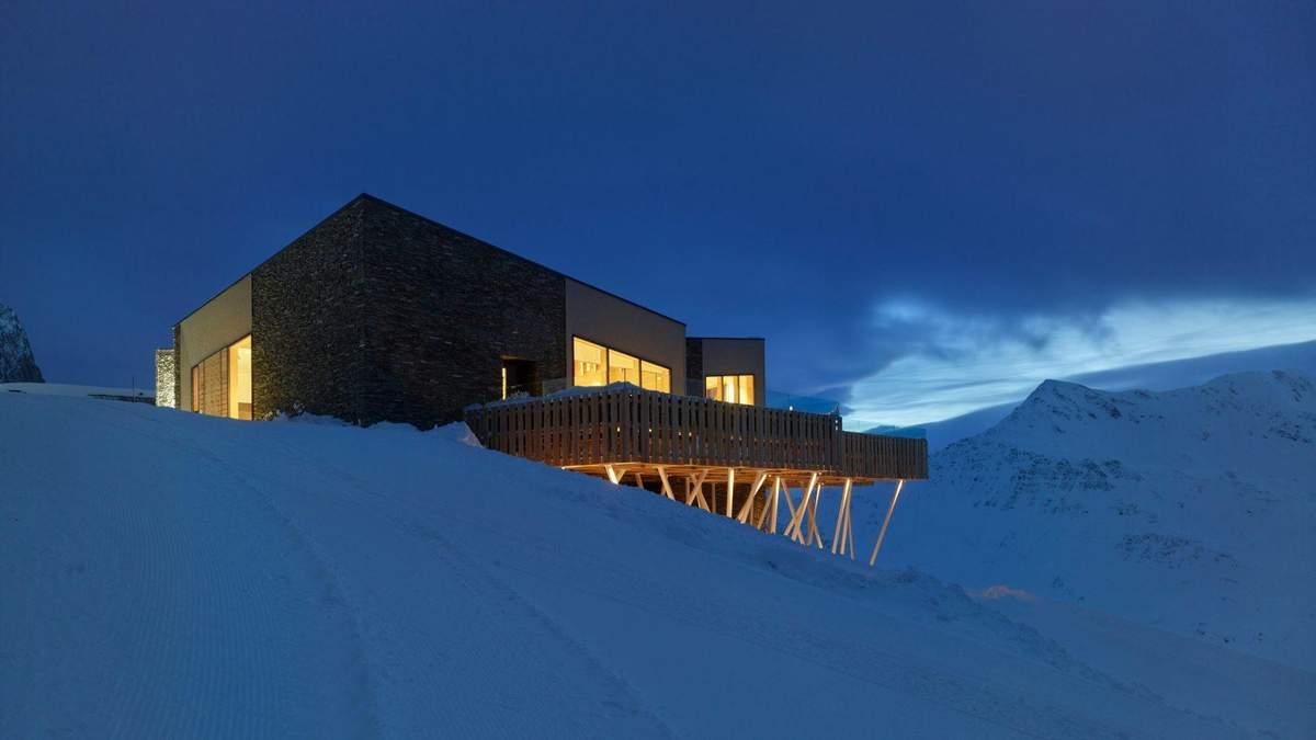 В Альпах построили два изысканных ресторана на высоте 2340 метров – фото