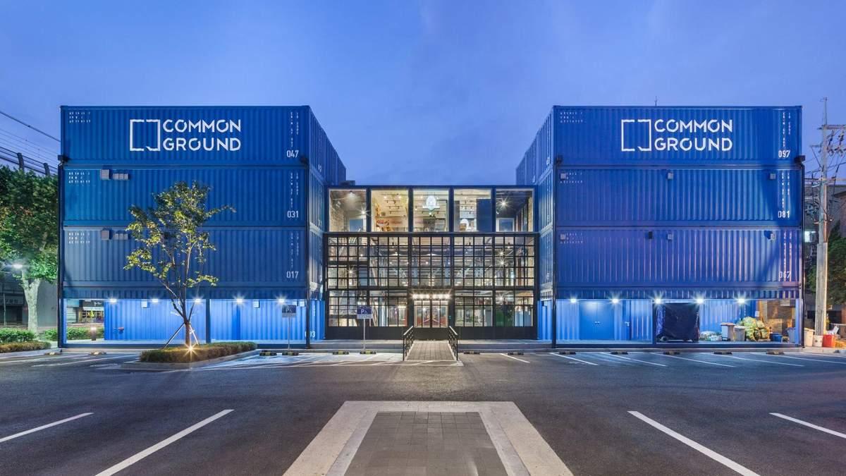 4 масштабних архітектурних проєкти з металевих контейнерів – фото