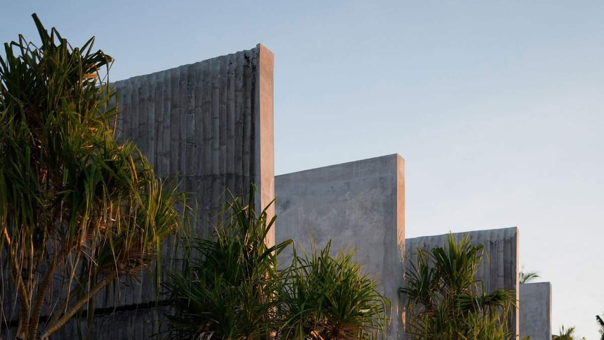 Бамбуковые бетонные стены: на Бали построили отель с номерами-туннелями – фото