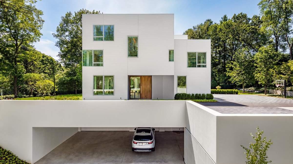 Квадратный белоснежный дом с открытой планировкой: невероятные фото из США