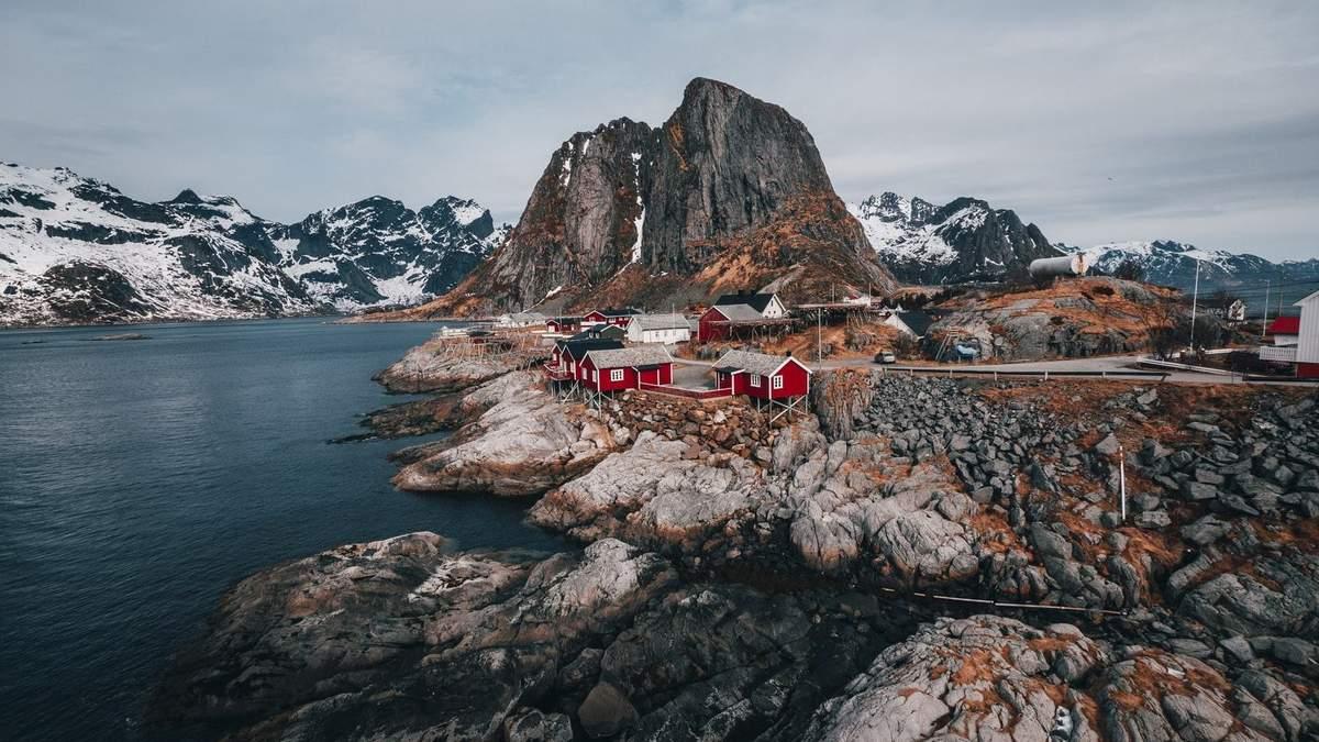У Швеції перевезуть ціле місто на вантажівках через просідання грунту: фото