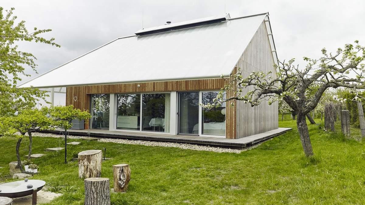 Як виглядає дім-теплиця: стильний дизайн еко-будинку в Чехії – фото