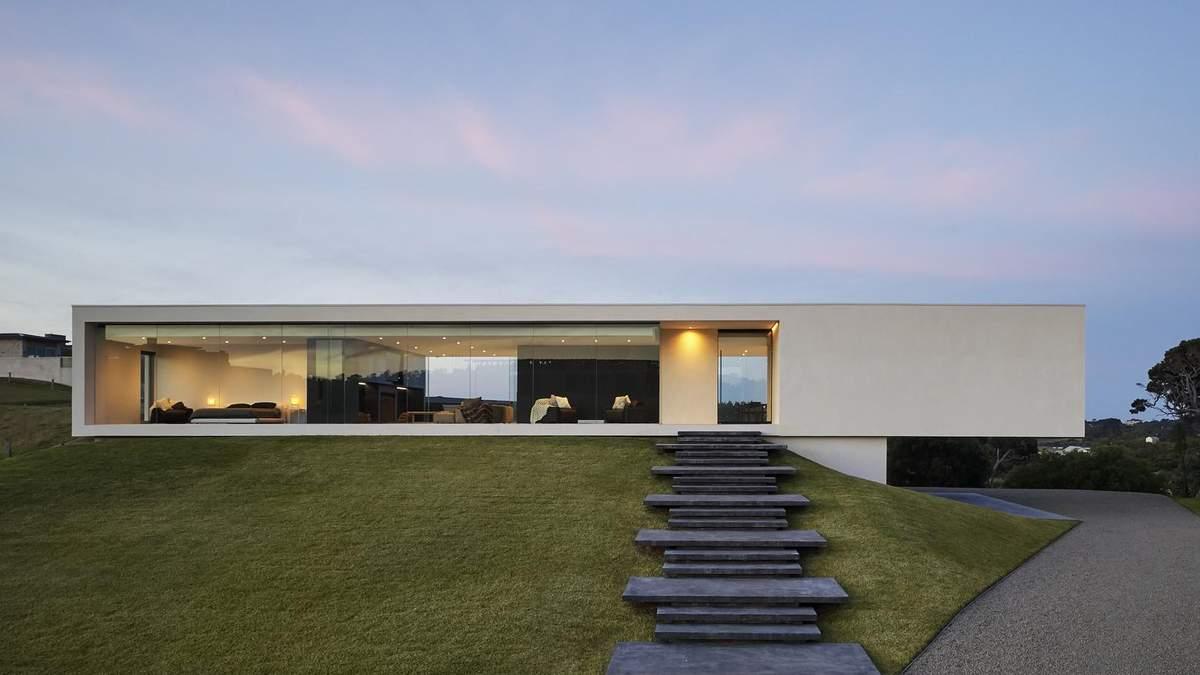 Прямоугольник с идеально ровным фасадом: в Австралии построили геометрически правильный дом