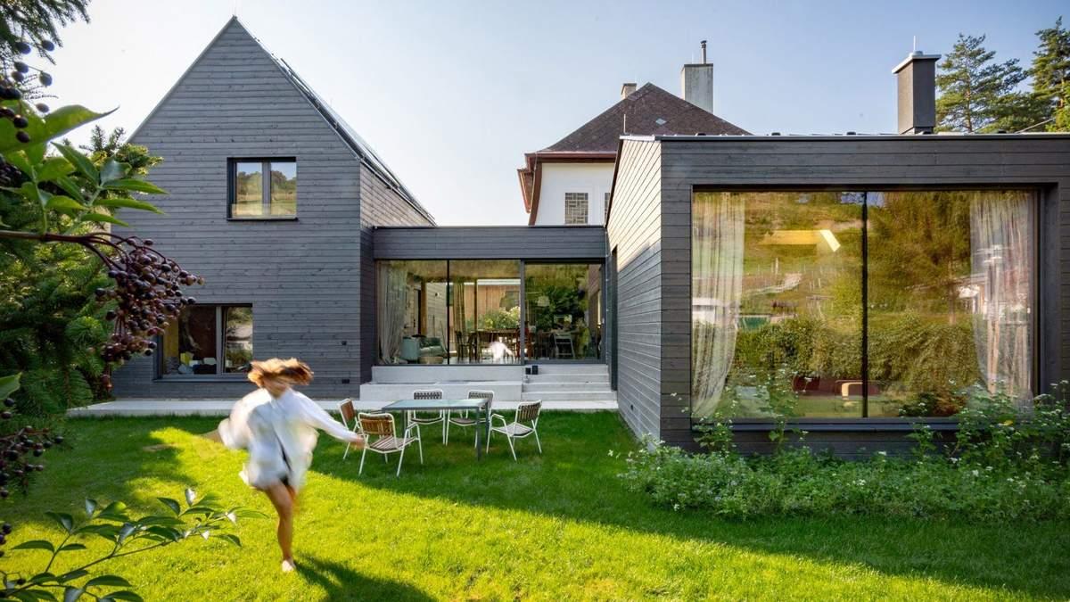 Класичний сірий: добірка з 5 стильних будинків з сірими фасадами – фото