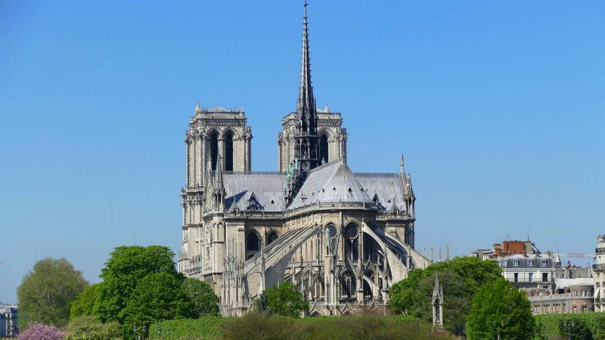 Зруйнований шпиль собору Нотр-Дам відновлять у первісному вигляді: деталі