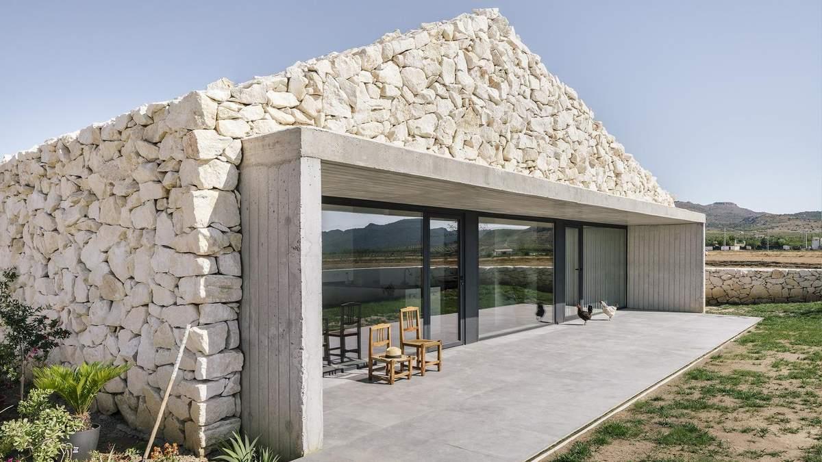 Настоящая красота внутри – нестандартный дизайн дома в Испании: фото