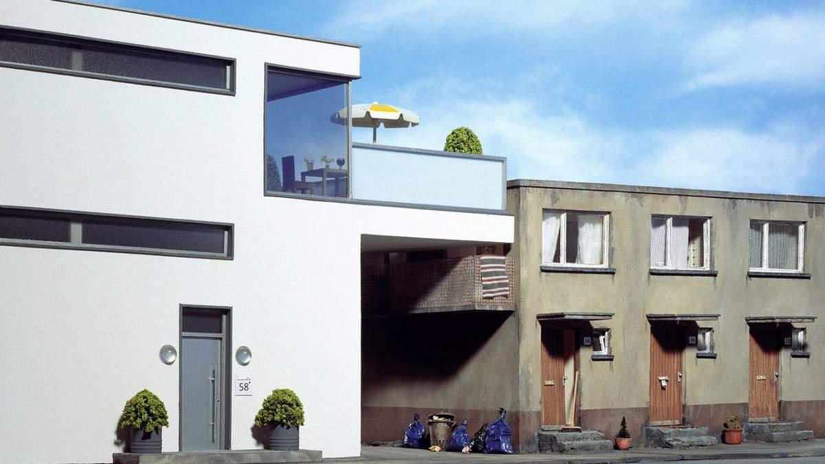 Архітектурний абсурд: німецький фотограф презентував сюрреалістичні будинки – фото