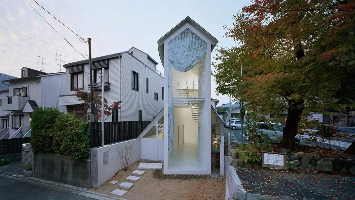Немов сторожова вежа: надзвичайно вузький двоповерховий будинок з'явився в Японії – фото