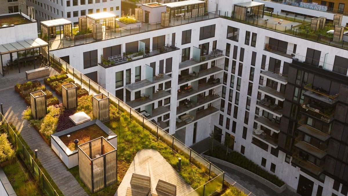 Відомий виробник будівельних матеріалів показує переваги екологічних дахів для будинків – фото