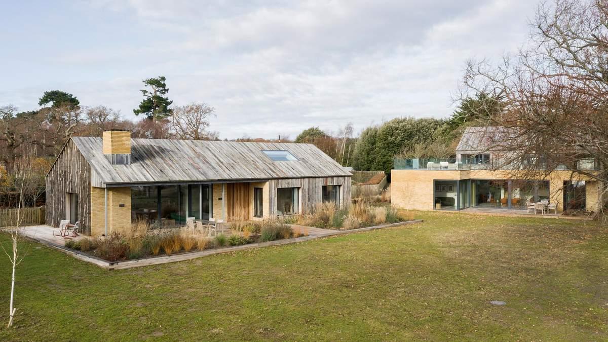 Хатинка Грута: особливості екологічного будинку із вторсировини у Англії – фото
