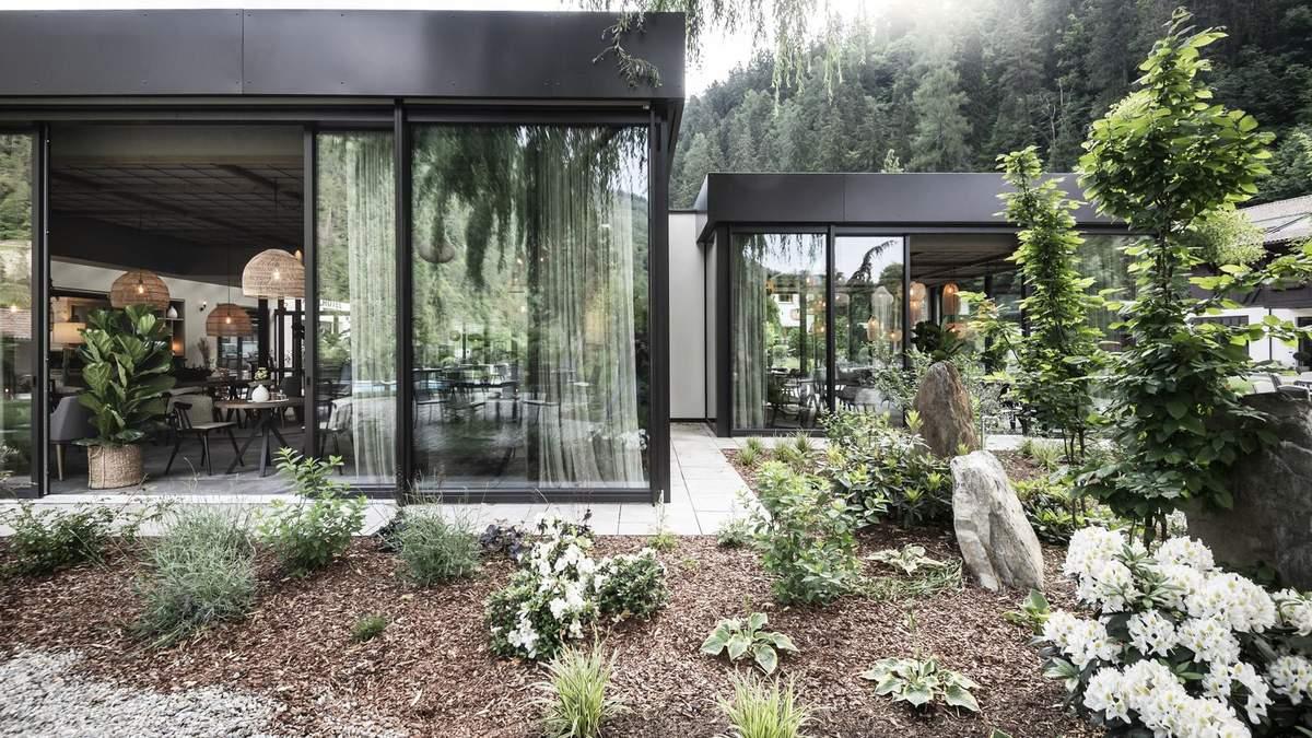 Выныривает из-под земли – проект жилого комплекса с видом на сад в Италии: фото