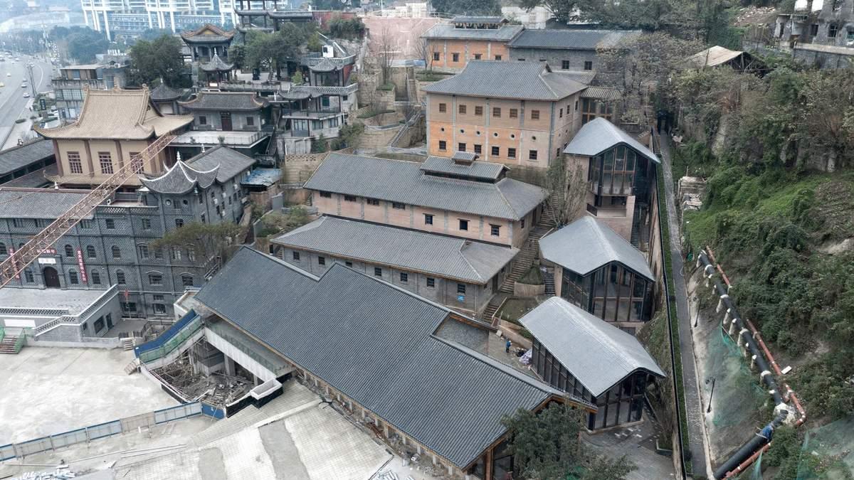 Заборонене місто: в Китаї історичні будівлі перетворять на школу – фото