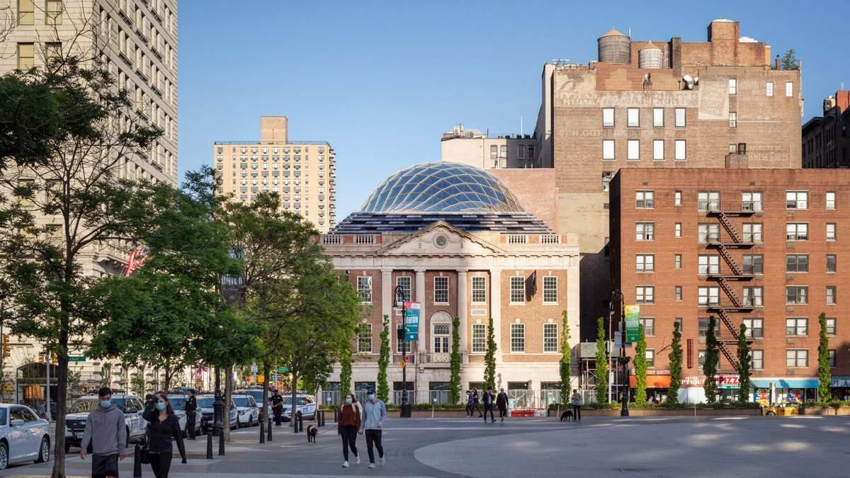 Крыша-черепаха: в Нью-Йорке сделали ремонт знакового для индейцев здания – фото