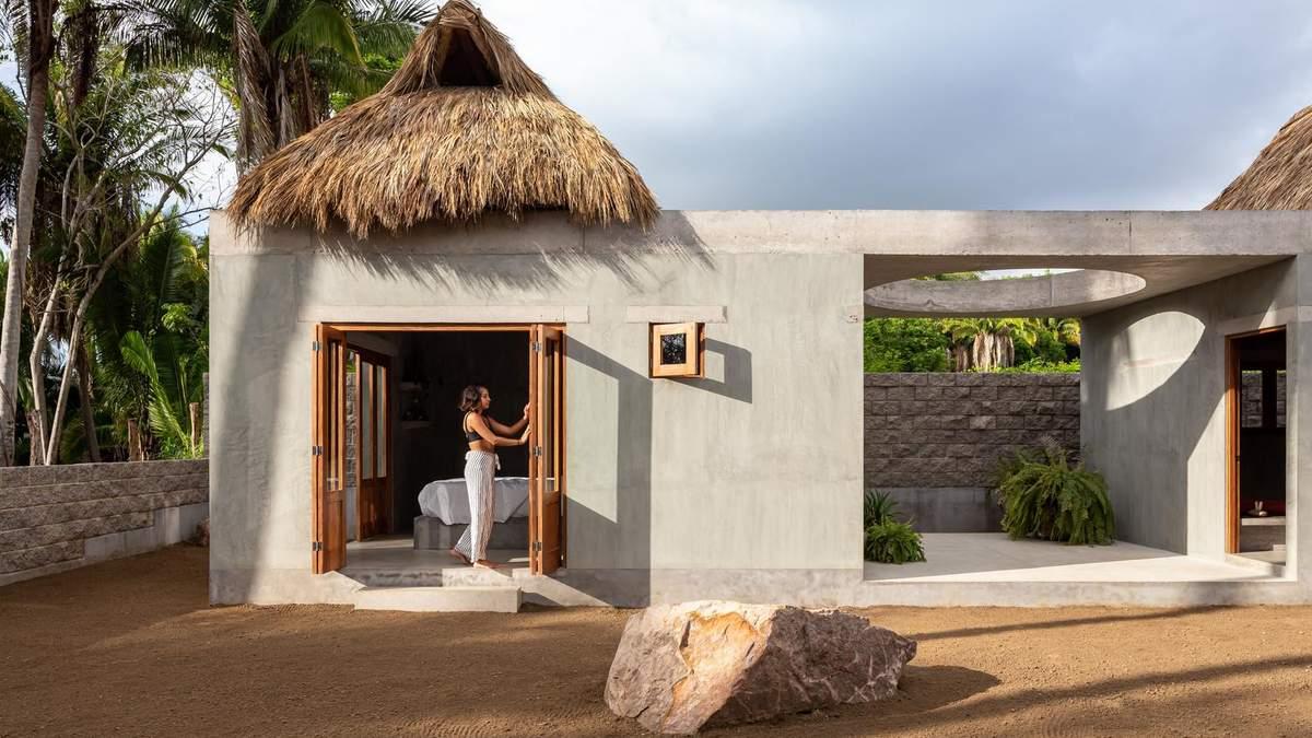 Соломенные крыши: в Мексике построили дом, который поделен на два бунгало – фото