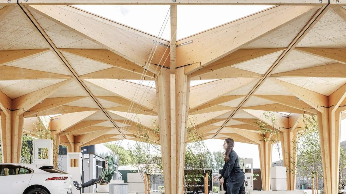Будущее рядом: в Дании презентовали деревянные зарядные станции для электромобилей – фото