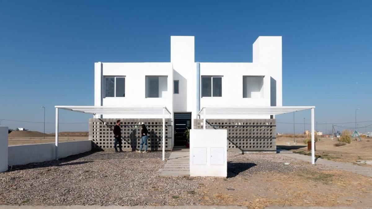 Втілення мінімалізму: в Іспанії з'явився білосніжний бюджетний будинок – фото