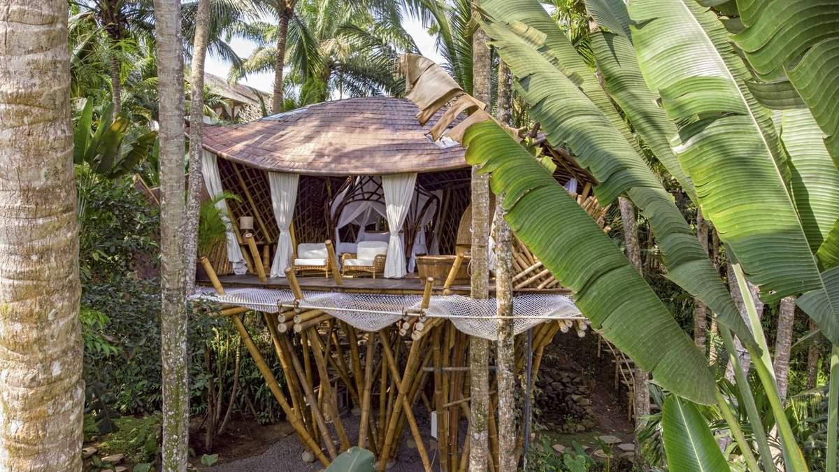 Бамбуковый рай: на Бали построили тропический дом посреди джунглей – фото