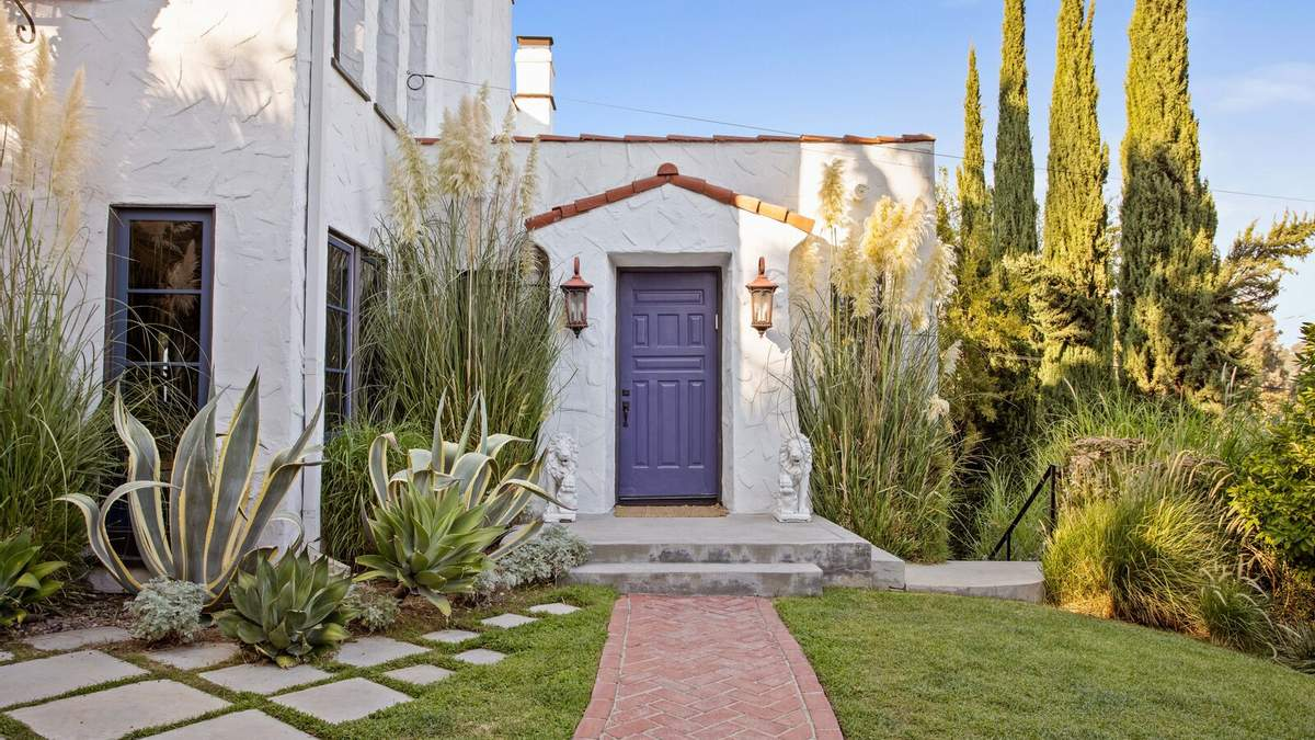 У стилі іспанського Відродження: в Лос-Анджелесі продають шикарний приватний будинок – фото