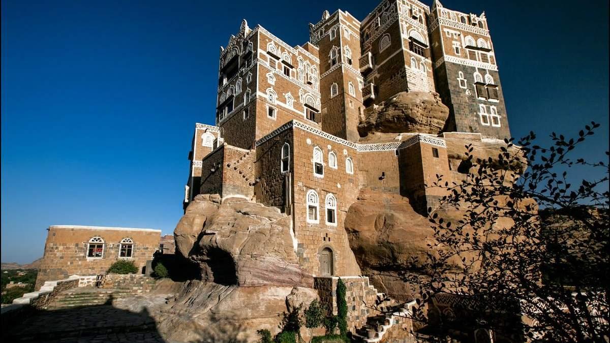 Палац Імама: унікальна споруда на вершині скелі в Ємені – фантастичні фото