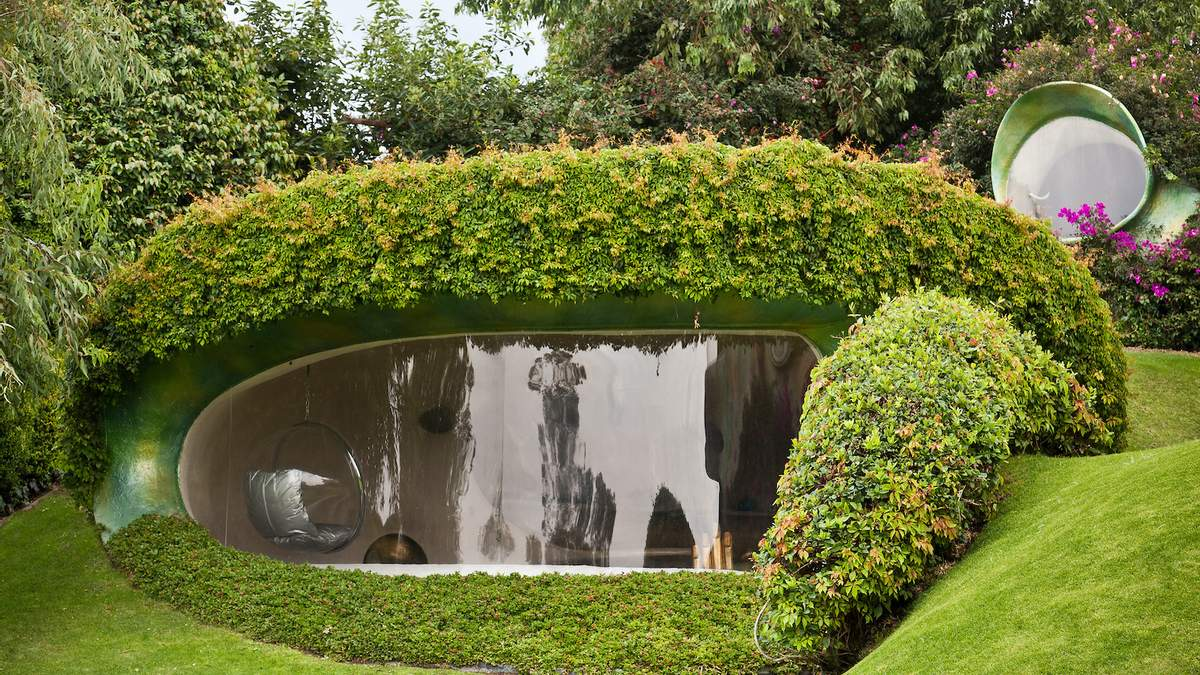Комфорт в кроличьей норе: архитектор построил современный экологический дом в земле – фото