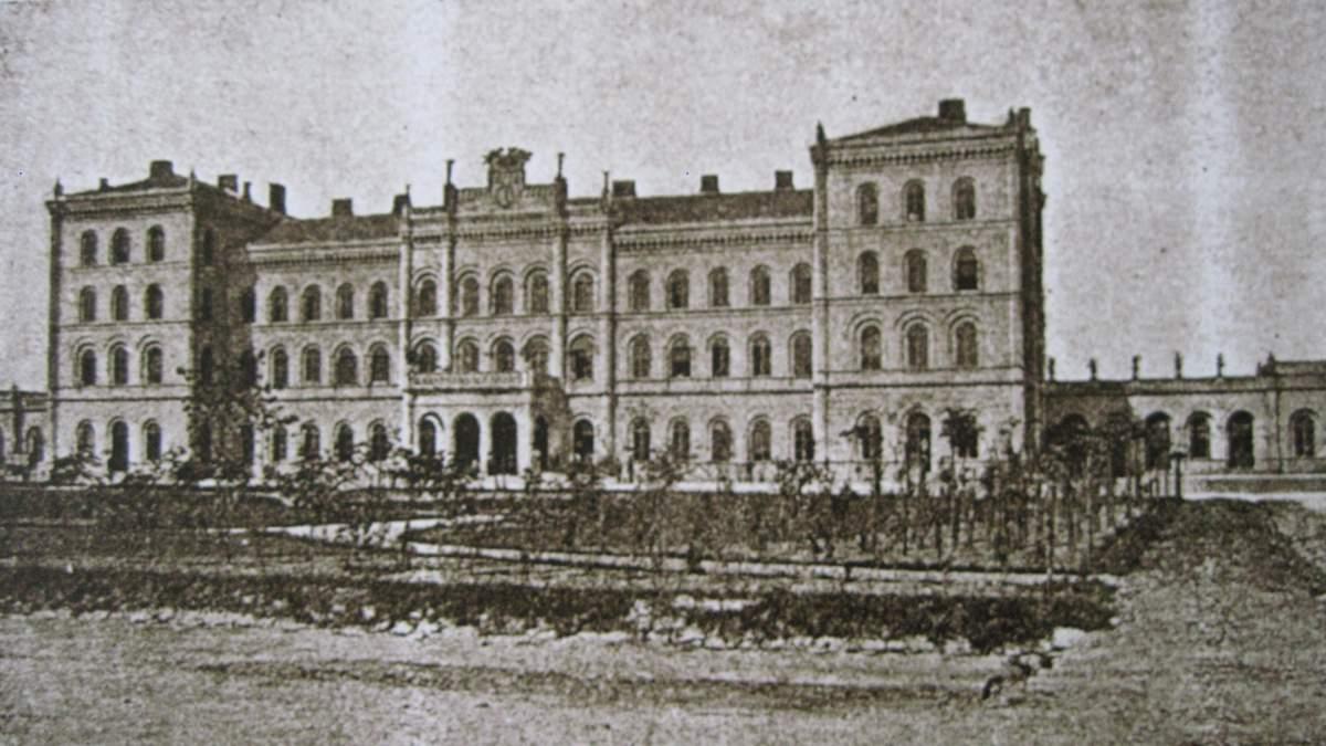 Черновицкий вокзал Львова: архитектура, которой уже не вернуть – история и фото здания