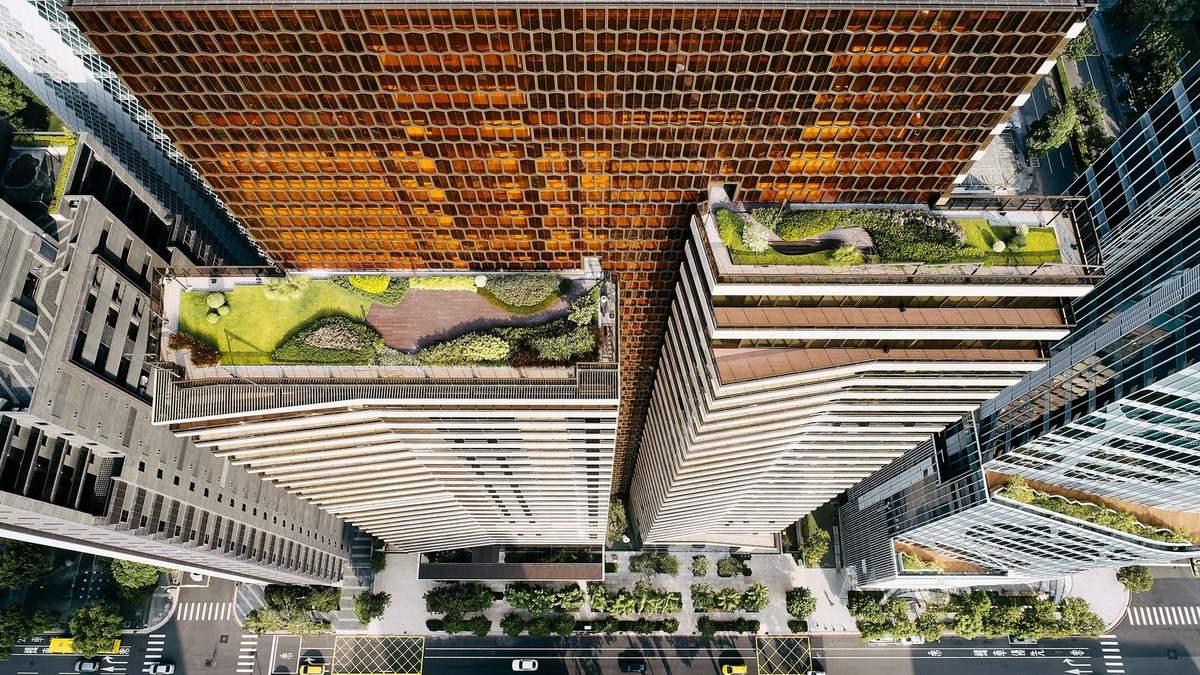 Теракотовий фасад та просторі квартири: на Тайвані побудували сучасний житловий хмарочос – фото