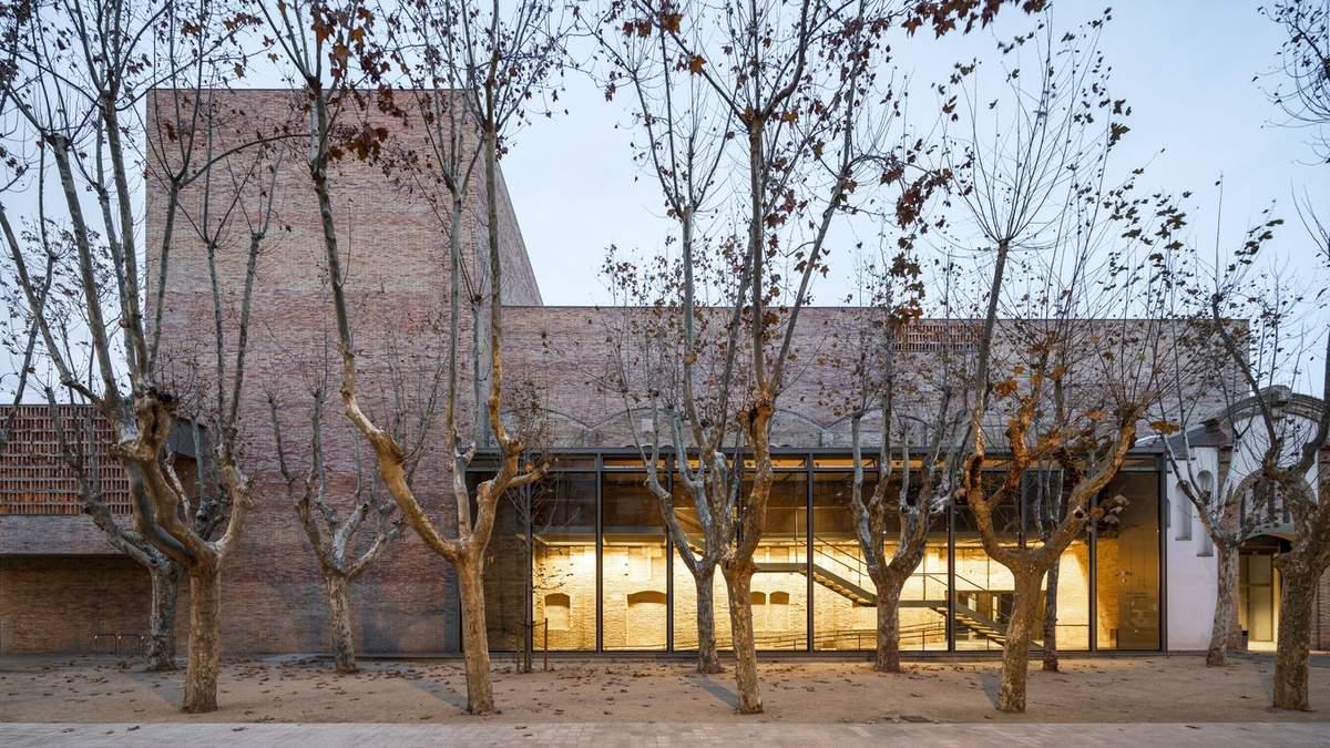 Второе дыхание для драмы и трагедии: в Испании открыли старый театр после реставрации – фото