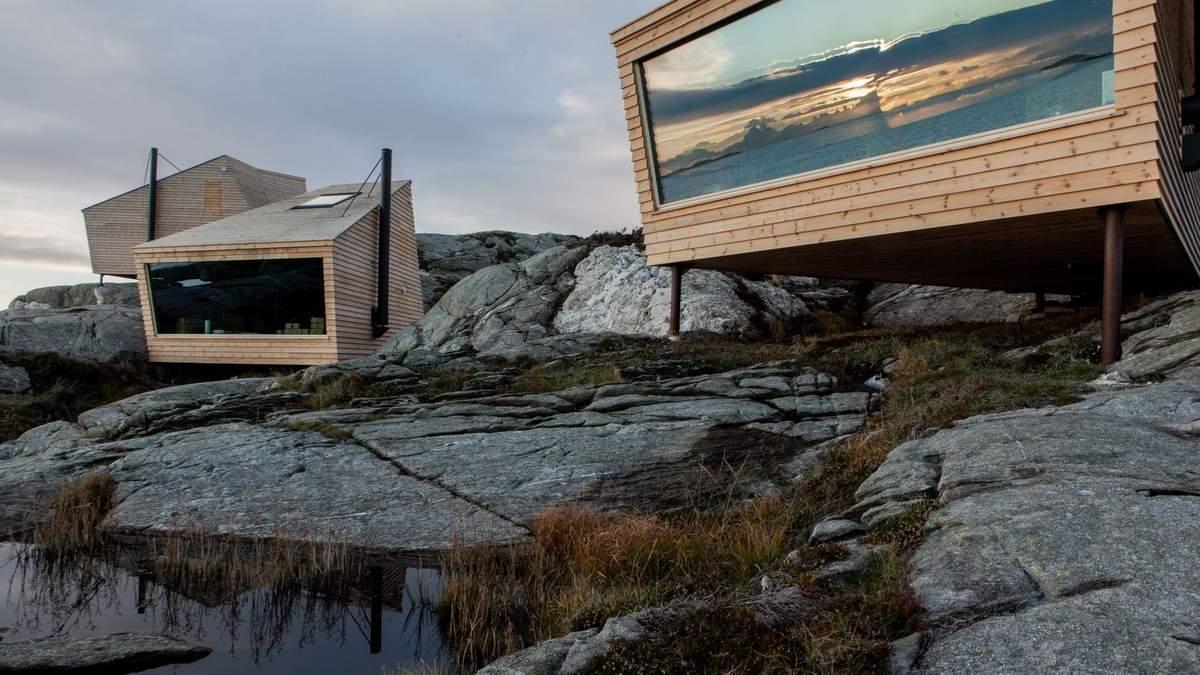 Шурупи замість фундаменту: в Норвегії побудували стильні однокімнатні приватні будинки – фото