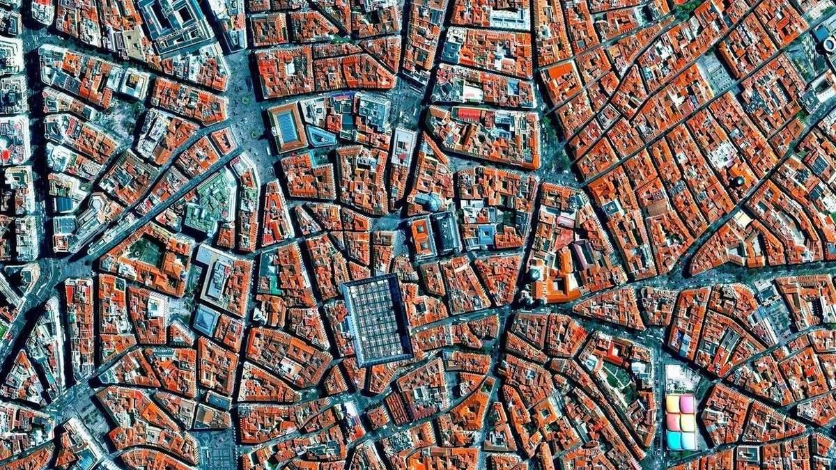 Середньовічні міста зазвичай мають різне планування