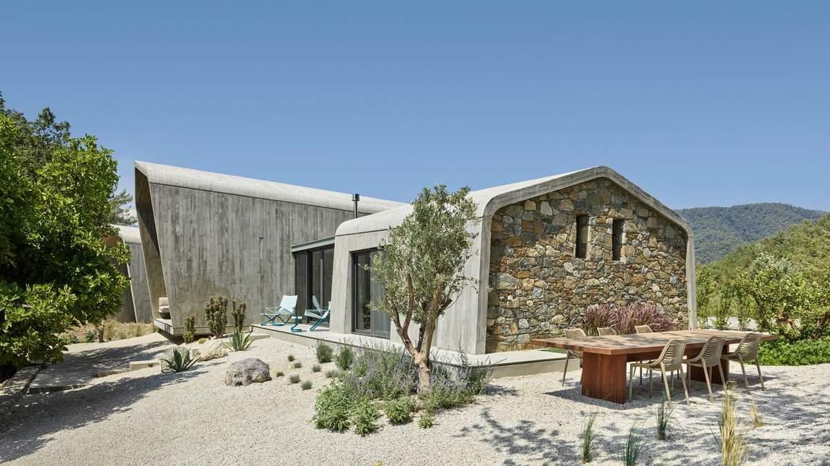 Будинок вийшов доволі світлим як на бетонну структуру