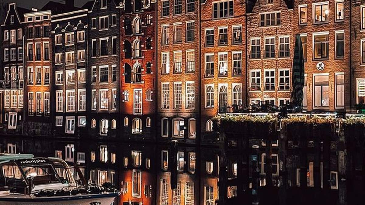 Будинки на воді: дивовижні амстердамські оселі – фото
