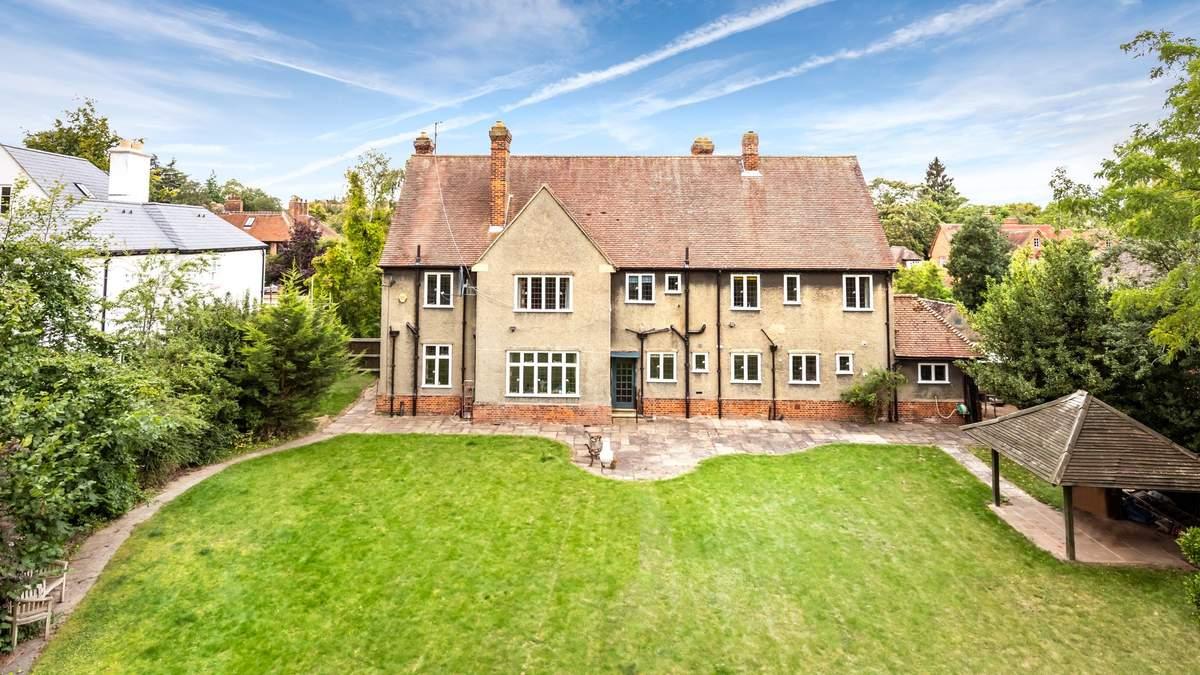 Дом хоббитов: фото помещения, где жил и творил Джон Толкин