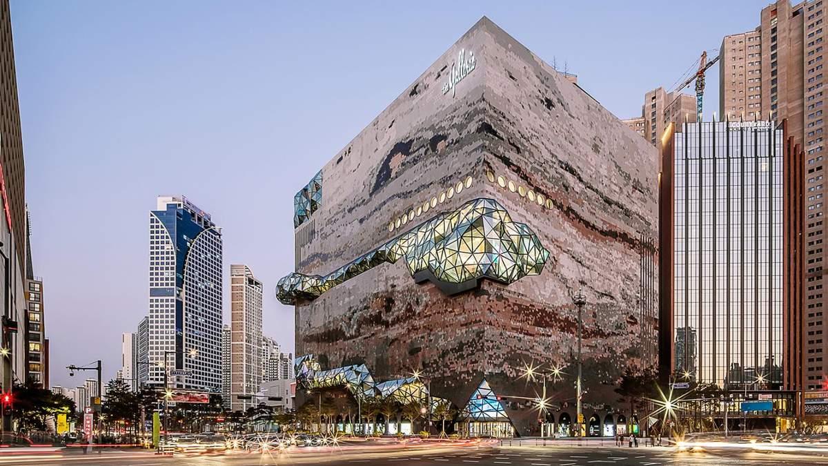 Архитектурное зрелище: фото нового торгового центра возле Сеула завораживают