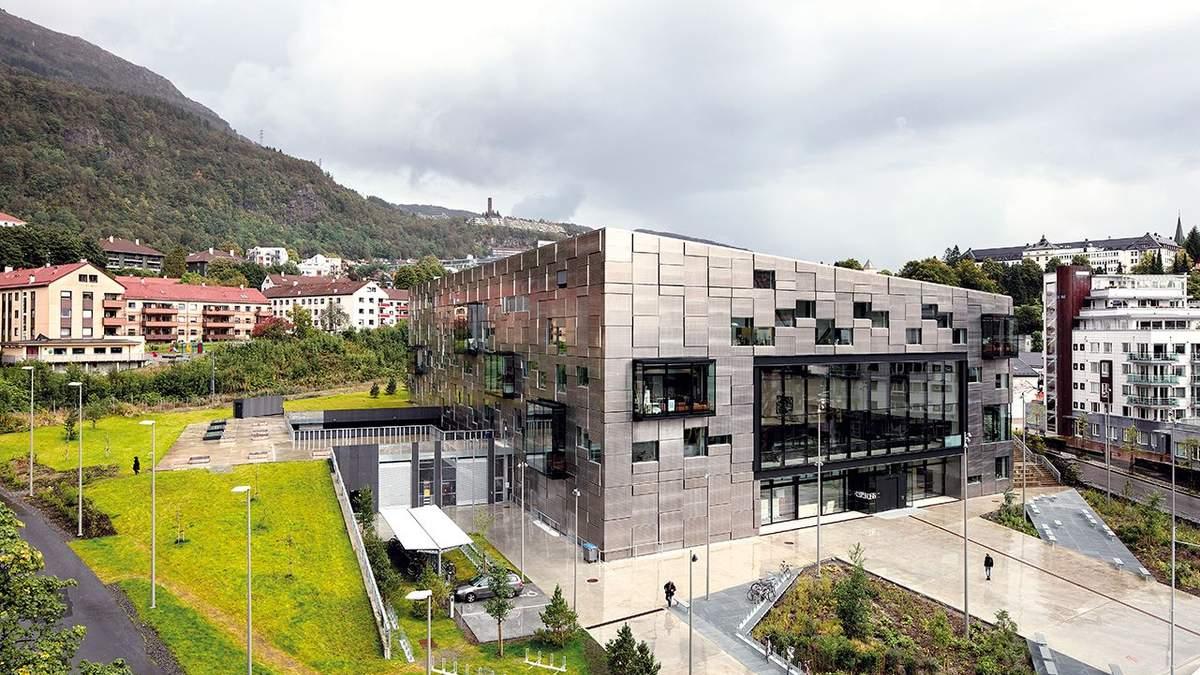 Классика современности: фото впечатляющего места, где будут учиться художники в Норвегии