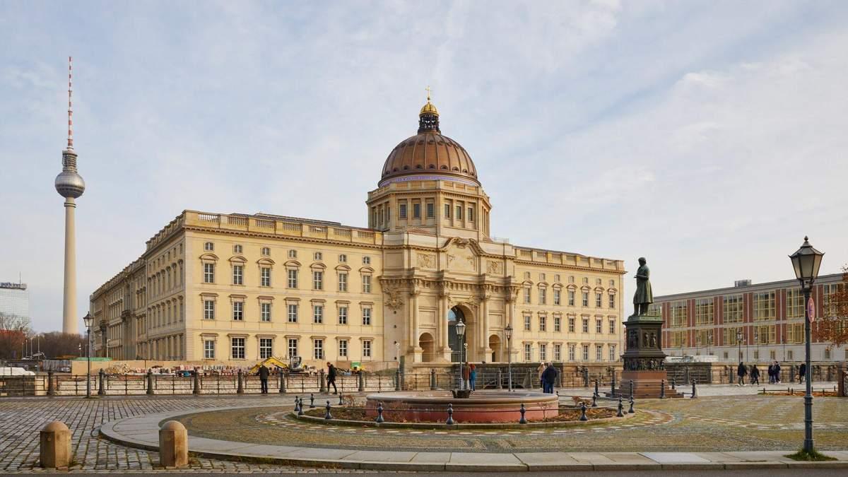 Помпезність та шик: як змінився Німецький королівський палац – фото