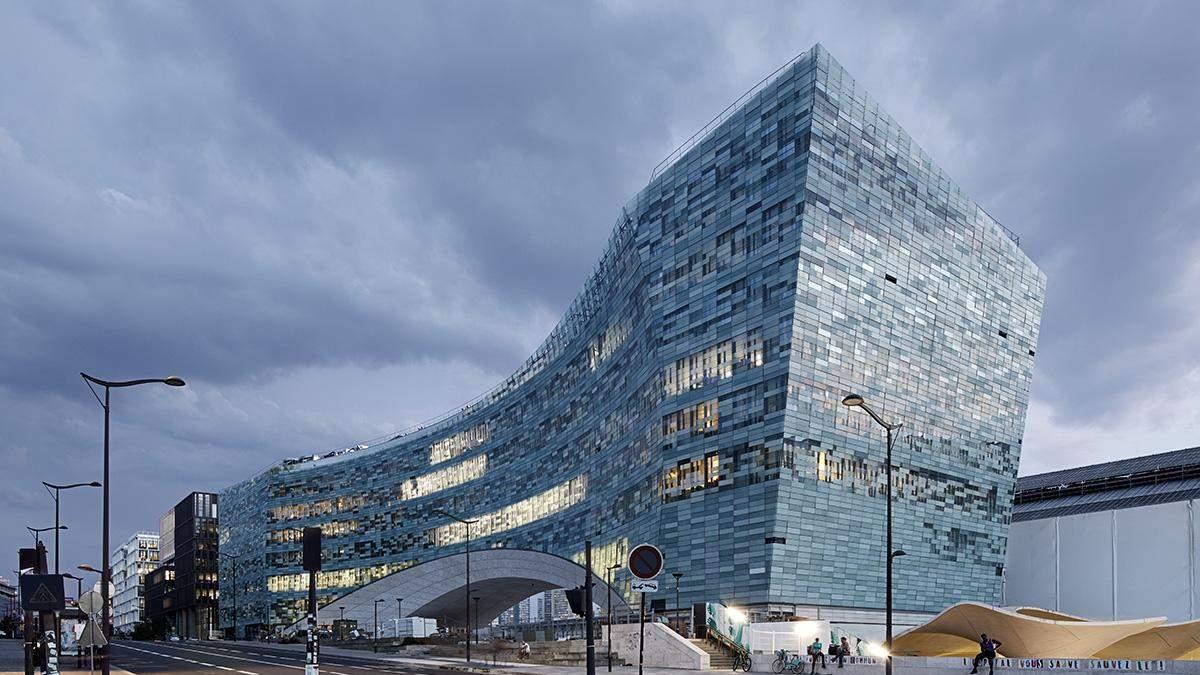 Пікселізований офіс у Парижі:  як виглядає нова штаб-квартира французької компанії – фото