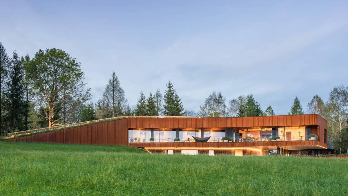 Відпочинок поряд з природою: мисливський будинок на польсько-українському кордоні – фото