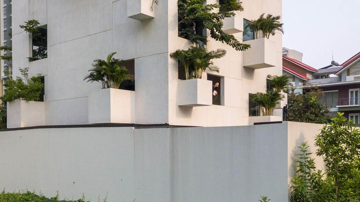 Ландшафтный парк посреди дома: новая вилла с буйной растительностью в Сайгоне – фото
