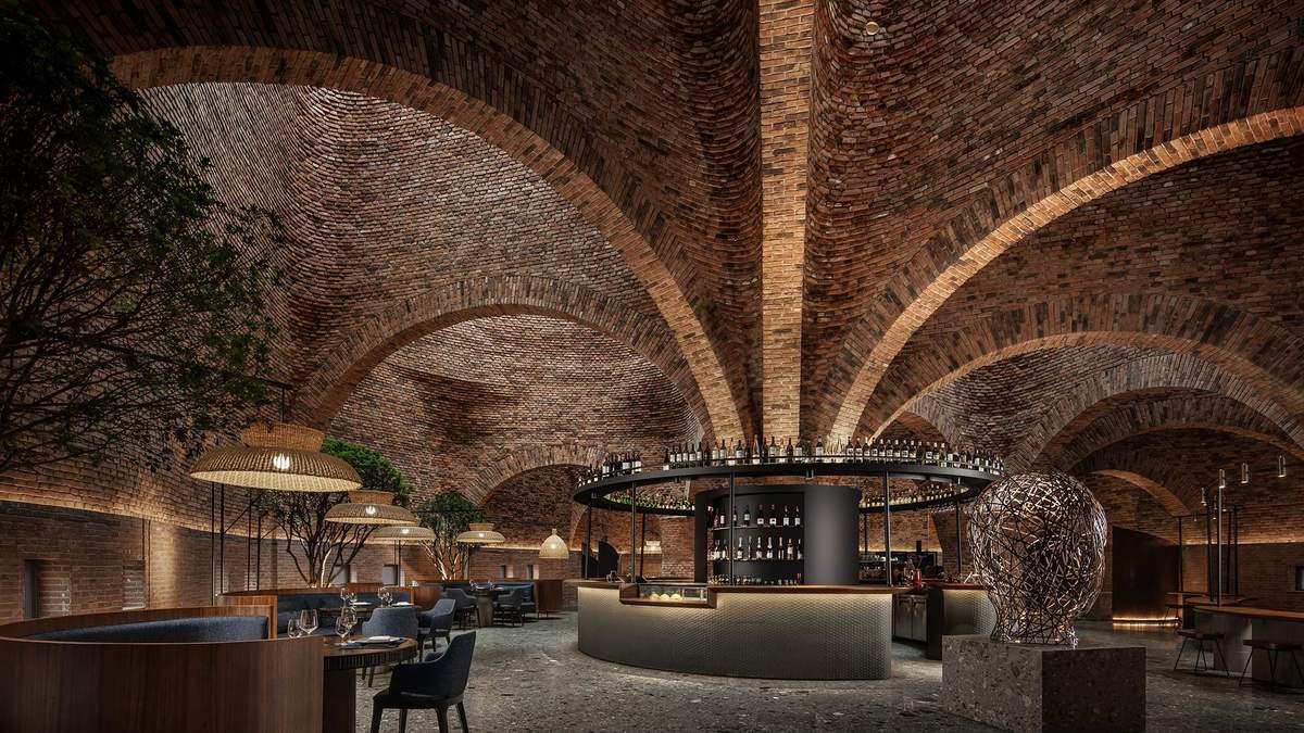 Цегляний термітник: в Китаї відкрили фантастичний мистецький ресторан –фото