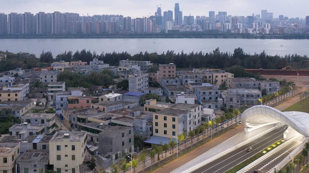 Искусство на дороге: на китайском острове Хайнань построили новый скульптурный тоннель – фото