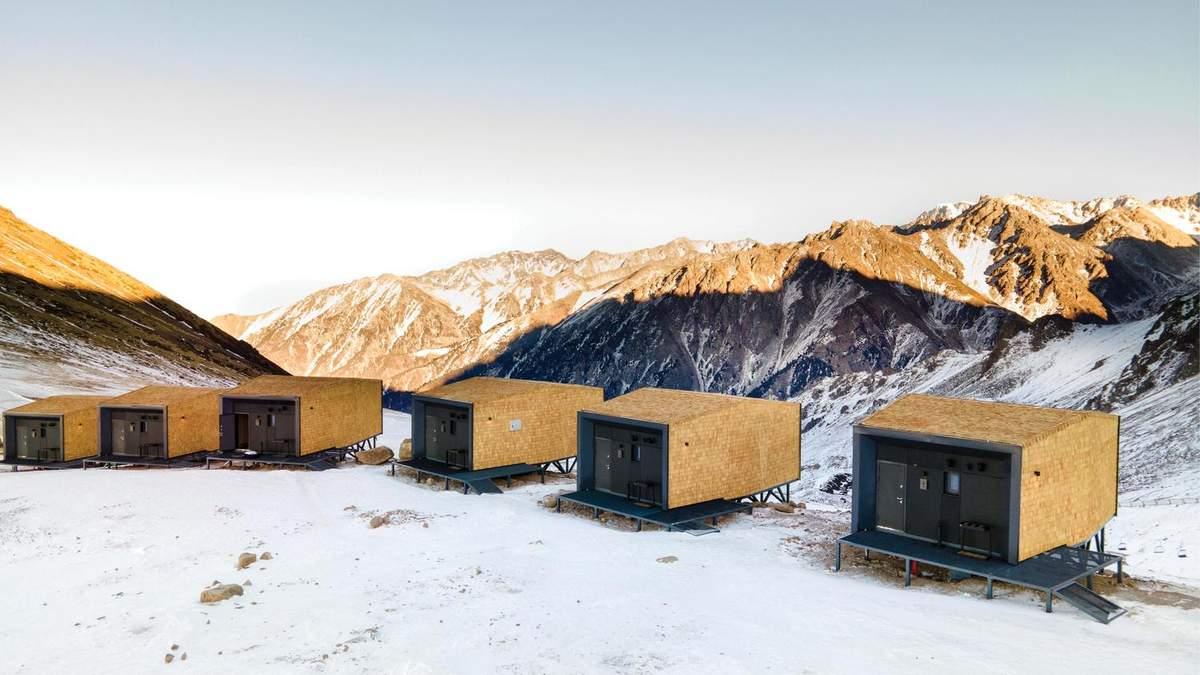 Горный минимализм: эко-лагерь, который не захочется покидать