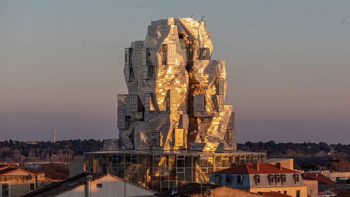 Магия алюминия: во Франции появилась новая культурная башня