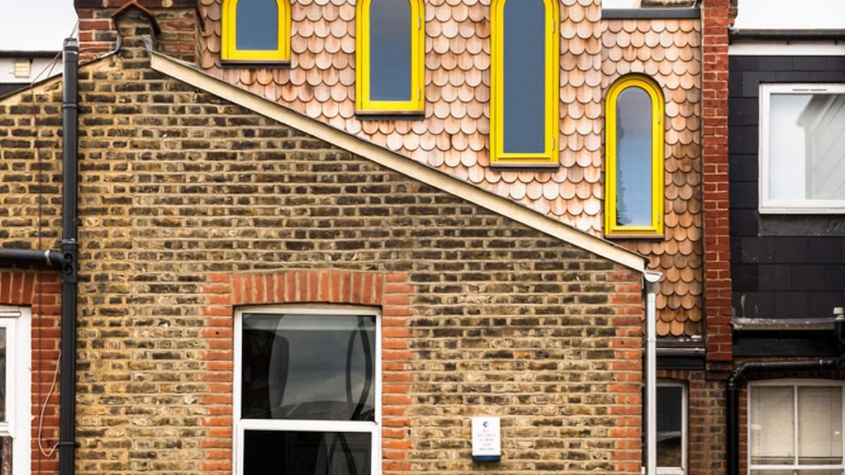 Солнечное знамя: кирпичный дом с акцентом на желтом цвете