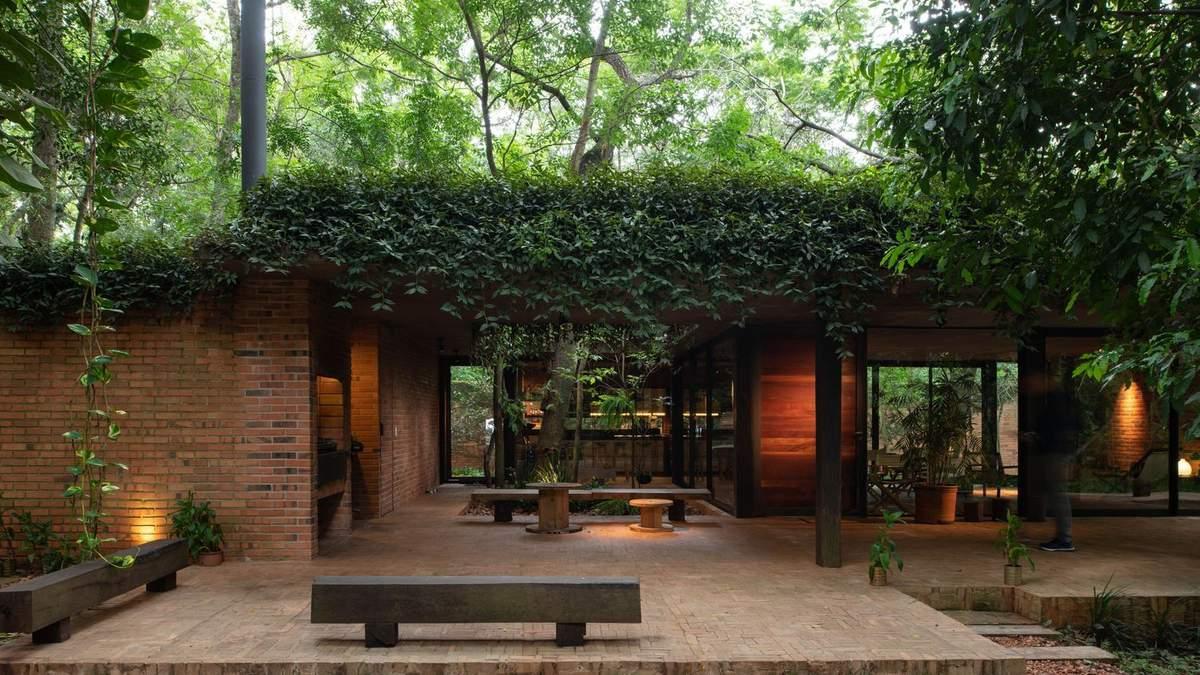 Рай в джунглях: фантастическая резиденция, в которой не страшно оказаться на изоляции