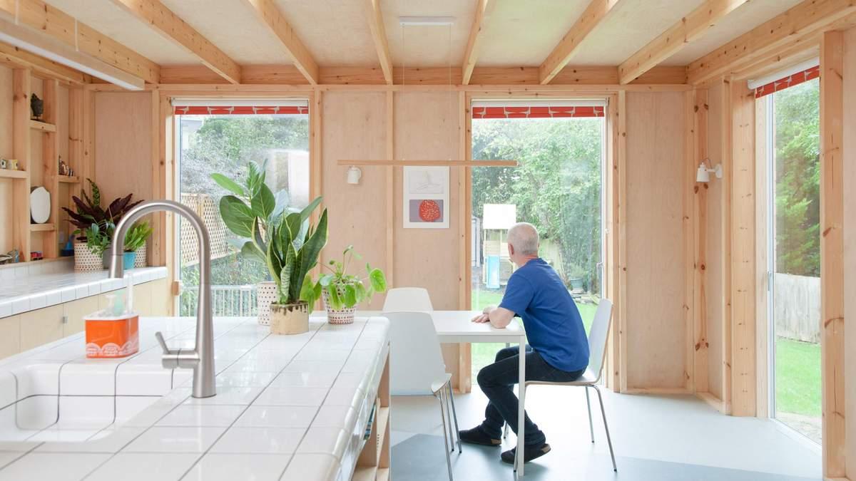 Світло та охайність: як покращити помешкання за допомогою дерева